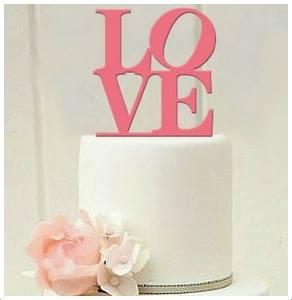 Topo de bolo - LOVEPara mais informações envie-nos mensagem privada.