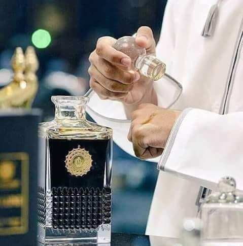 """""""La bonne odeur étant une nourriture de l'âme qui est le support des forces, et les forces augmentant avec le parfum, ca..."""